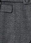 LIU-JO JEANS WF0463T4523 Pantalone cropped realizzato in jacquard con trama check e interventi in lurex®, vita media e gamba asciutta con risvolto sul fondo.