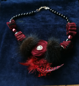 Collana in pannolencio | Vendita collane artigianali
