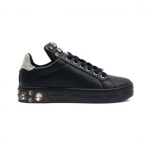 Sneaker nera con applicazioni gioiello Guess
