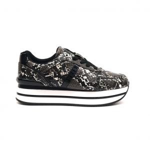 Sneaker platform nera Guess