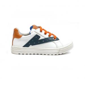 Sneaker bianca con patch Naturino