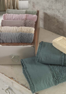 Set Asciugamani e Telo da Bagno in Puro Cotone 100% Naturale, Decorazione Balza in Lino | ADELE