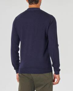Maglia blu girocollo in pura lana merinos finezza 7 con pannello frontale micro armatura