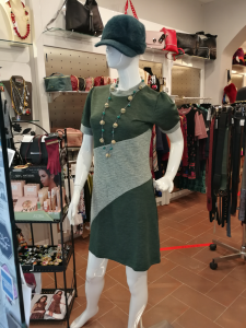Short dress with round neck | online sale