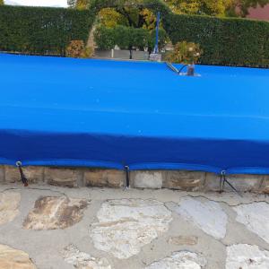 Telo copertura piscine in polietilene blu