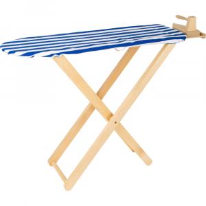 Asse e ferro da stiro in legno