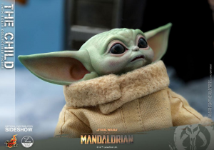 *PREORDER* Star Wars The Mandalorian Action Figure: THE CHILD by Hot Toys