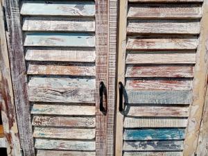 Buffet recycle teak wood white wash