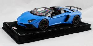 Lamborghini Aventador Lp750-4 Superveloce Roadster Blue LM 1/18 Mr Collection