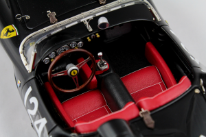 Ferrari 250 Testa Rossa 1957 Pontoon Fender Chassis #0714 1/18 Cmc