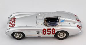 Mercedes Benz 300 SLR Mille Miglia 1955 J.M. Fangio 1/18 Cmc