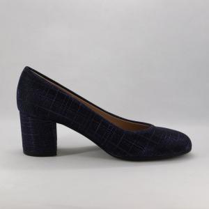Scarpa donna elegante color blu luminoso.