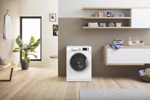 Hotpoint NR548GWSA IT N lavatrice Libera installazione Caricamento frontale Bianco 8 kg 1400 Giri/min A+++-30%