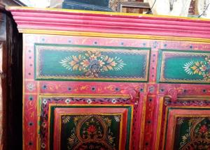 Buffet dipinto a mano fiori red green India in legno di mango