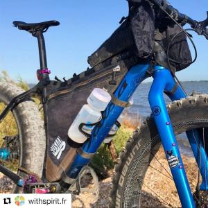 Borsa da telaio full frame waterproof 100% per bikepacking con uno scomparto