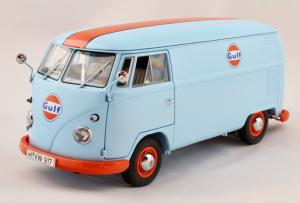 Volkswagen T1b Kastenwagen Gulf 1/18 Schuco