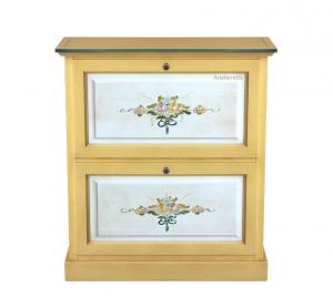 Decorated 2 door-shoe rack