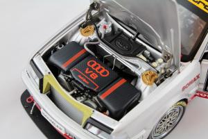 Audi V8 Quattro DMT 1992 Team AZR F.Biela #1 Dekra 1/18 Minichamps