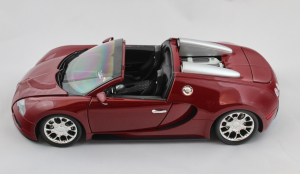 Bugatti Veyron Grand Sport 2010 Red 1/18 Minichamps