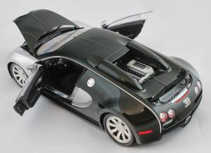Bugatti Veyron L'Edition Centenaire 2009 Chrome Green 1/18 Minichamps
