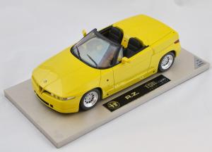 Alfa Romeo RZ Yellow 1/18 Top Marques