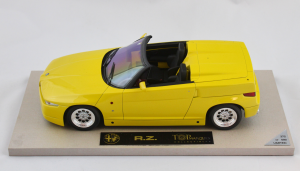 Alfa Romeo RZ Yellow 1/18 Top Marques