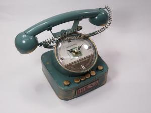 Orologio telefono in metallo