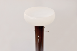 Appendiabiti a piantana con lampada