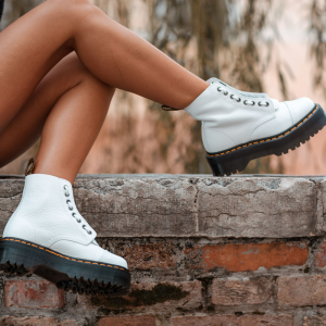 Dr. Martens Anfibi donna sinclair white aunt sally-3