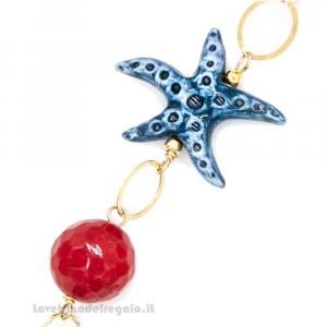 Bracciale in agata azzurra e rossa con stella marina in ceramica di Caltagirone - Gioielli Siciliani