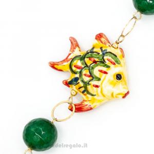Bracciale in agata verde e arancio con pesce in ceramica di Caltagirone - Gioielli Siciliani