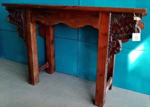 Console in legno di teak intagli laterali