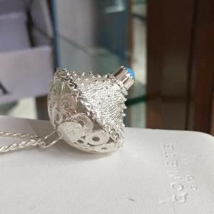 Collana con bottone sardo in filigrana argento con pasta di turchese