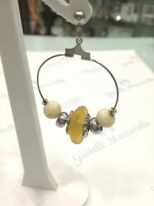 Orecchini donna Osa cod. 70105 gialli con ciondolo perla di murano