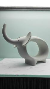 Scultura Elefante in grès porcellanato Lineasette cod. N727A Arredo Moderno Made In Italy