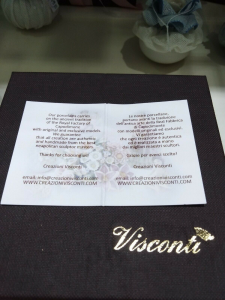 Bomboniera in porcellana Capodimonte Creazioni Visconti Saccottino piccolo N19B