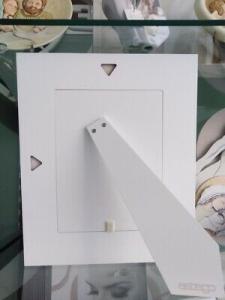 Cornice in legno bianco con cuori Estego foto 18x24 cm COD. 4811.3