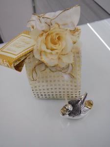 Anatra laminata argento Valenti Lucky Gold con sacchetto