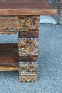 Porta tv in legno di teak con gambe intagliate