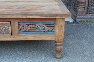 Tavolino da salotto in legno di teak con cassetto