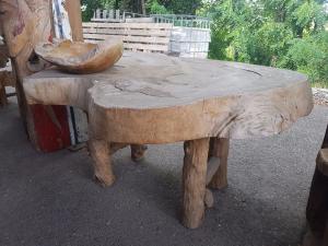 Tavolino in suar massiccio indonesiano