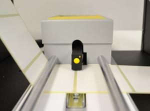 Conta etichetta con sensore etichette mancanti - Modello CLM144