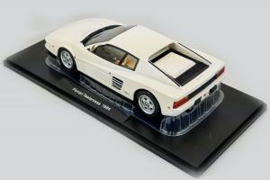 Ferrari Testarossa 1984 White 1/18 Kk