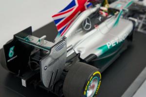 Mercedes Amg Petronas F1 Team L. Hamilton Winner Abu Dhabi WC 2014 1/18 Minichamps