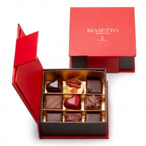 Scatola di cioccolatini assortiti 9 pz