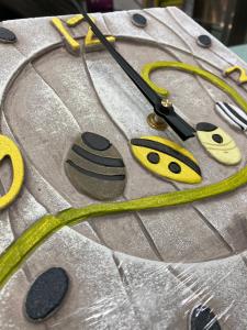 Orologio Cartapietra lavorato con la tecnica del bassorilievo 425102GL