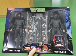 Teenage Mutant Ninja Turtles Action Figure from Movie 1990 - 2-Pack Foot Soldiers with Weapons Rack by Neca