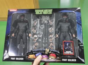 Teenage Mutant Ninja Turtles Movie 1990 - 2-Pack Foot Soldiers with Weapons Rack by Neca