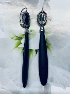 Orecchini pendenti in argento con gocce onice