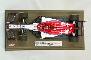 Alfa Romeo Racing C38 Kimi Raikkonen 2019 Limited 200 Pcs 1/18